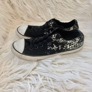 Converse All Stars Black and Silver Low Tops